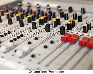 uitrusting, audio