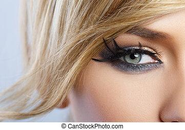 veer, makeup