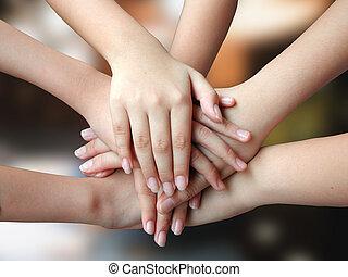 velen, 4success, handen