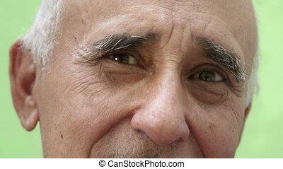 verticaal, iberische man, oud, glimlachen