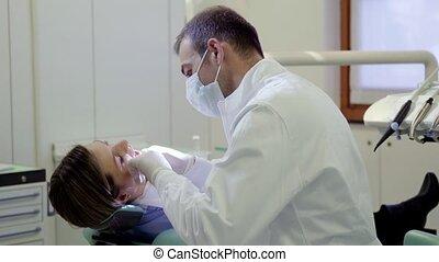 verticaal, tandarts, glimlachen gelukkig