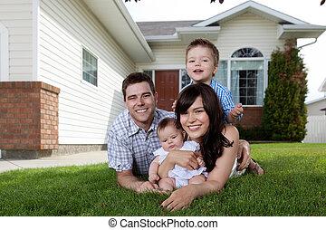 vier, gezin, dons, gras, het liggen, vrolijke