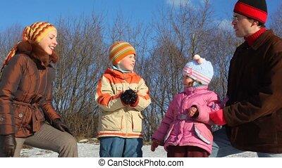 vier, sneeuwbal, gezin