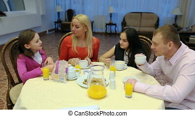 voedingsmiddelen, gezin