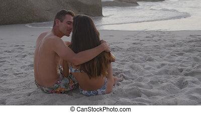 volwassen paar, kust, relaxen, jonge