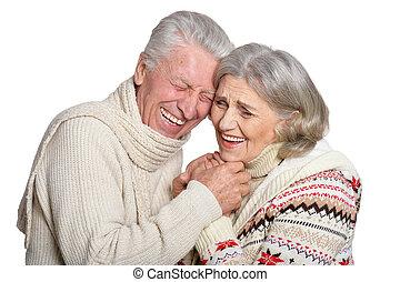 volwassen paar, tegen, het poseren, achtergrond, verticaal, het glimlachen, witte