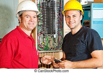 vriendelijk, werken, elektriciens