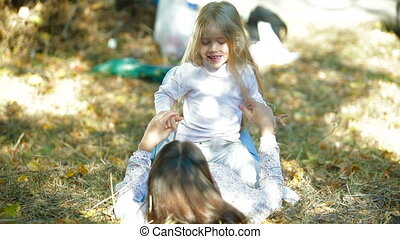 vrolijke , dochter, spelend, moeder