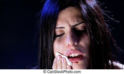 vrouw, aandoenlijk, kneuzingen, bloed