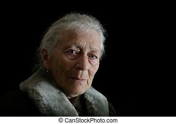 vrouw, contemplating., vrijstaand, achtergrond., black , verticaal, senior