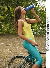 vrouw, dorstig, fitness