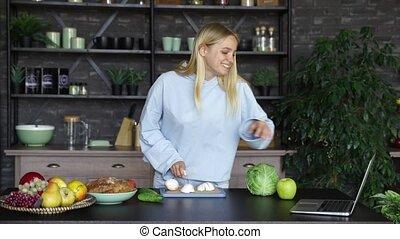 vrouw, gezonde , het koken, jonge, kitchen., voedingsmiddelen