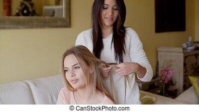 vrouw, haar, reparerend haar, best, mooi, vriend