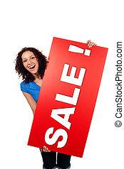 vrouw, het tonen, verkoop, vrijstaand, meldingsbord, buitenreclame, het glimlachen, rood