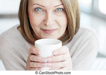 vrouw, middelbare leeftijd
