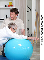 vrouw, oud, stand, rehabilitatie