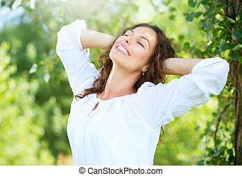 vrouw, outdoor., genieten, jonge, natuur, mooi