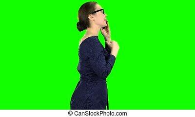 vrouw, screen., klesten, gaan, groene, telefoon., vergadering, zijaanzicht