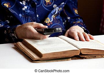 vrouwenlezing, bejaarden
