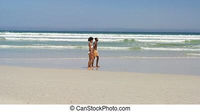 wandelende, hand, paar, strand, romantische, 4k