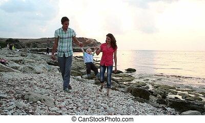 wandelende, strand., gezin