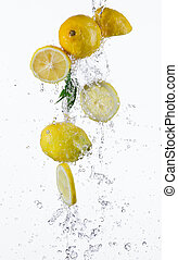 water, gespetter, citroen