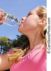 water, meisje, drinkt