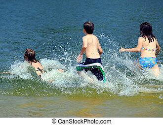 water, rennende , kinderen