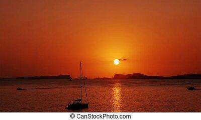 weerspiegelen, golven, ondergaande zon , zee
