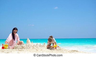 weinig; niet zo(veel), dochter, tropische , zand, moeder, vervaardiging, kasteel strand