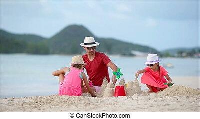 weinig; niet zo(veel), geitjes, vader, tropische , zand, vervaardiging, kasteel strand