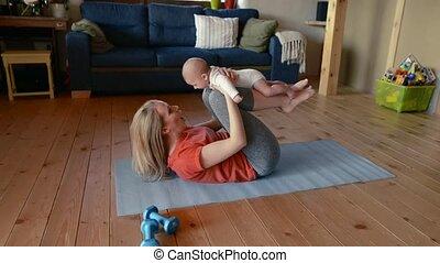 weinig; niet zo(veel), haar, moeder, fitness, baby, home.