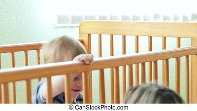wiegje, het schreeuwen van de baby