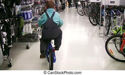 winkel, jongen, achter, fiets