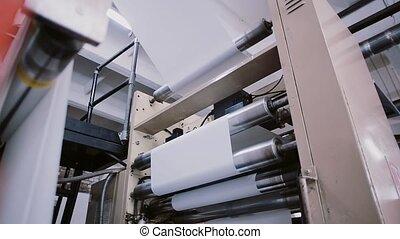 work., papier, lijn, proces, machine, instelling, sound., bezig met afdrukken van, fabriekshal, detail