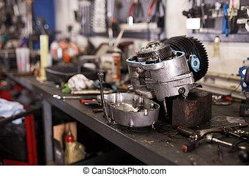 workshop, tafel, motor, gedemonteerde, motorfiets