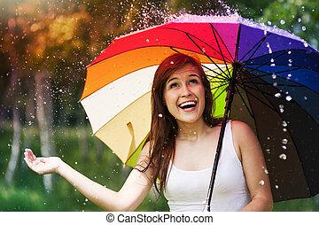 zomer, vrouw, paraplu, regen, gedurende, verwonderd