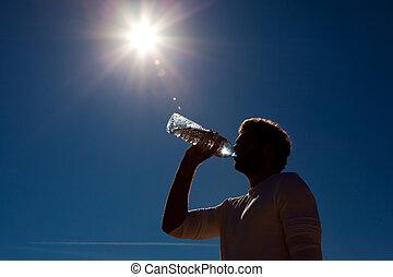 zon, water, gebotteld, onder, drinkt, man