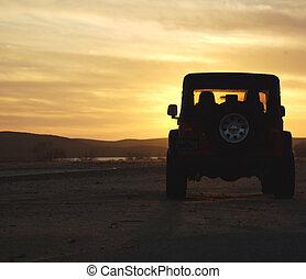 zonsondergang wildernis, voertuig